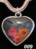 Nahua Reversible Flower Heart Pendant #009