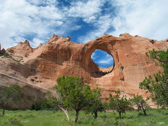 Tségháhoodzání, the Window Rock